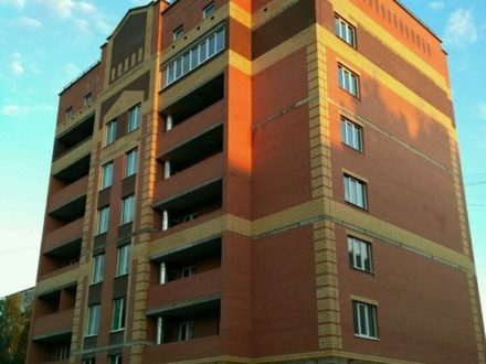 Продам двухкомнатную квартиру на 1-м этаже 7-этажного дома площадью 57,4 кв. м. в Йошкар-Оле