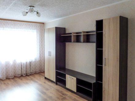Сдам на длительный срок двухкомнатную квартиру на 4-м этаже 5-этажного дома площадью 45 кв. м. в Архангельске