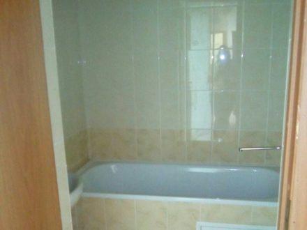 Сдам на длительный срок двухкомнатную квартиру на 4-м этаже 5-этажного дома площадью 51 кв. м. в Нарьян-Маре