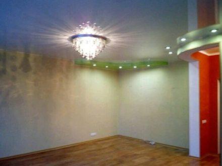 Продам трехкомнатную квартиру на 3-м этаже 5-этажного дома площадью 68 кв. м. в Магадане