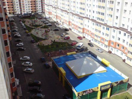 Сдам на длительный срок однокомнатную квартиру на 10-м этаже 16-этажного дома площадью 36 кв. м. в Ставрополе