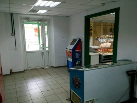 Сдам торговое помещение площадью 9 кв. м. в Челябинске