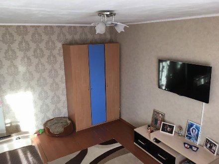 Продам трехкомнатную квартиру на 7-м этаже 14-этажного дома площадью 72 кв. м. в Перми