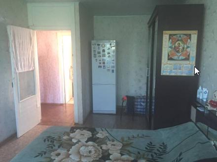 Продам двухкомнатную квартиру на 3-м этаже 5-этажного дома площадью 50 кв. м. в Оренбурге