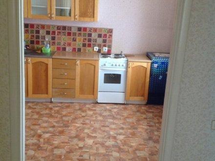 Сдам на длительный срок двухкомнатную квартиру на 4-м этаже 13-этажного дома площадью 65 кв. м. в Белгороде