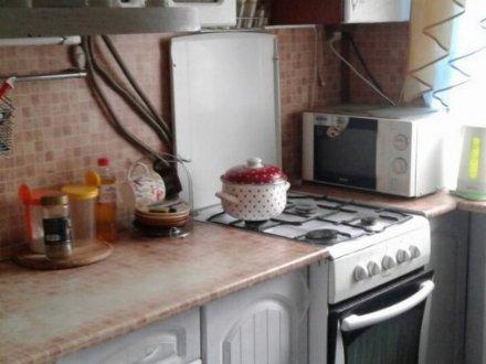 Продам трехкомнатную квартиру на 5-м этаже 5-этажного дома площадью 63 кв. м. в Белгороде