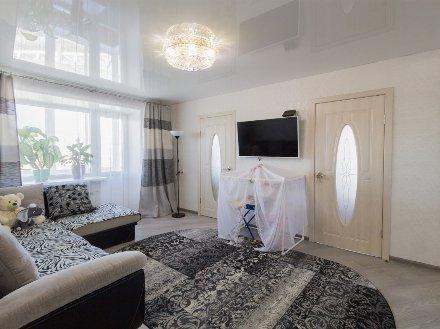 Продам трехкомнатную квартиру на 5-м этаже 5-этажного дома площадью 55 кв. м. в Улан-Удэ