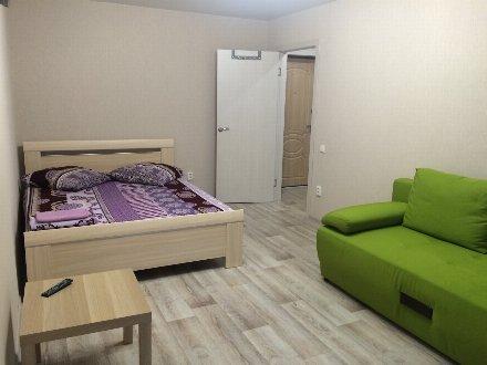 Сдам посуточно однокомнатную квартиру на 3-м этаже 5-этажного дома площадью 32 кв. м. в Сыктывкаре