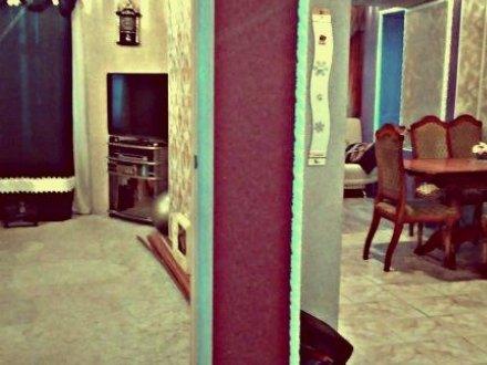 Продам двухкомнатную квартиру на 8-м этаже 12-этажного дома площадью 90 кв. м. в Владимире