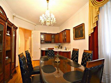 Продам дом площадью 245 кв. м. в Туле