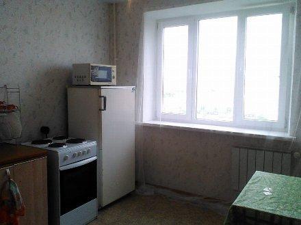 Сдам посуточно двухкомнатную квартиру на 14-м этаже 14-этажного дома площадью 43 кв. м. в Уфе