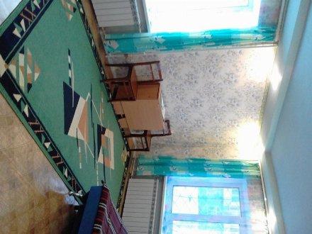 Продам однокомнатную квартиру на 1-м этаже 5-этажного дома площадью 30 кв. м. в Перми