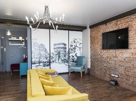 Продам двухкомнатную квартиру на 10-м этаже 16-этажного дома площадью 60 кв. м. в Благовещенске