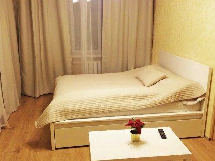 Сдам посуточно однокомнатную квартиру на 5-м этаже 5-этажного дома площадью 40 кв. м. в Москве