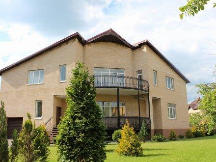 Продам дом площадью 520 кв. м. в Калининграде