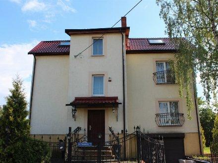 Продам дом площадью 290 кв. м. в Калининграде