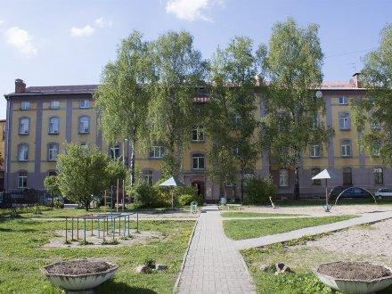 Продам многокомнатную квартиру на 4-м этаже 4-этажного дома площадью 289 кв. м. в Калининграде