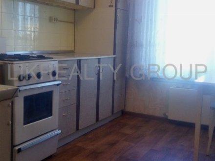 Продам трехкомнатную квартиру на 7-м этаже 9-этажного дома площадью 60 кв. м. в Москве