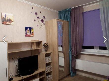 Сдам на длительный срок студию на 17-м этаже 18-этажного дома площадью 20 кв. м. в Москве