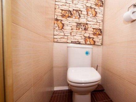 Сдам на длительный срок двухкомнатную квартиру на 8-м этаже 14-этажного дома площадью 58 кв. м. в Москве
