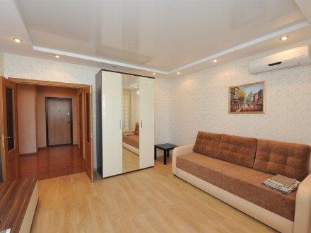 Сдам на длительный срок однокомнатную квартиру на 3-м этаже 5-этажного дома площадью 38 кв. м. в Ханты-Мансийске