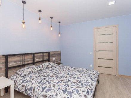 Сдам на длительный срок двухкомнатную квартиру на 5-м этаже 10-этажного дома площадью 60 кв. м. в Владивостоке
