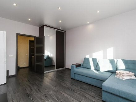 Сдам на длительный срок однокомнатную квартиру на 5-м этаже 10-этажного дома площадью 40 кв. м. в Владивостоке