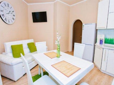 Сдам на длительный срок однокомнатную квартиру на 3-м этаже 5-этажного дома площадью 40 кв. м. в Петропавловск-Камчатском