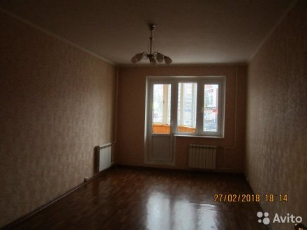 Продам трехкомнатную квартиру на 2-м этаже 17-этажного дома площадью 81 кв. м. в Курске