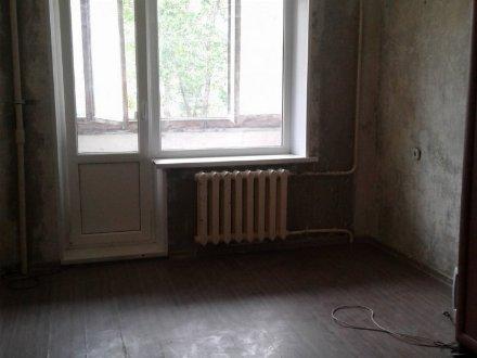 Продам трехкомнатную квартиру на 1-м этаже 12-этажного дома площадью 69.8 кв. м. в Уфе