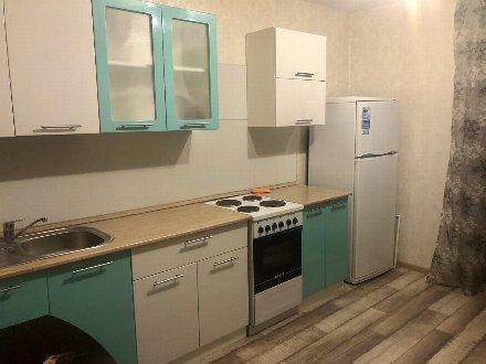 Сдам на длительный срок однокомнатную квартиру на 6-м этаже 16-этажного дома площадью 40 кв. м. в Тюмени