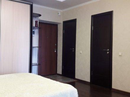 Сдам на длительный срок однокомнатную квартиру на 3-м этаже 5-этажного дома площадью 38 кв. м. в Белгороде