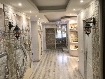 Продам дом площадью 450 кв. м. в Калининграде