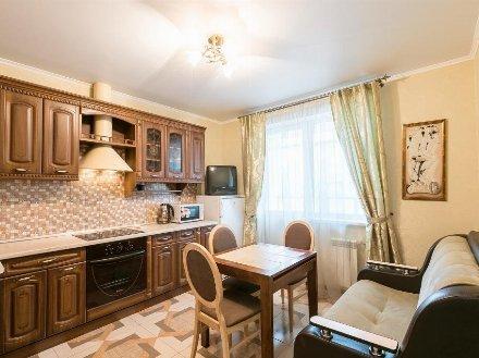 Сдам на длительный срок однокомнатную квартиру на 9-м этаже 10-этажного дома площадью 40 кв. м. в Екатеринбурге