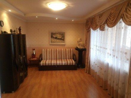 Продам трехкомнатную квартиру на 6-м этаже 11-этажного дома площадью 69,9 кв. м. в Уфе