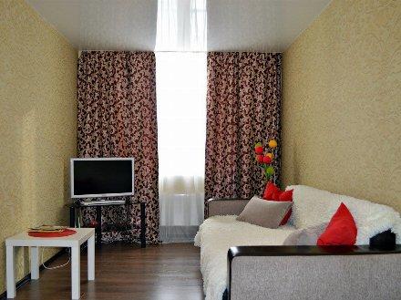 Сдам на длительный срок однокомнатную квартиру на 3-м этаже 5-этажного дома площадью 40 кв. м. в Архангельске
