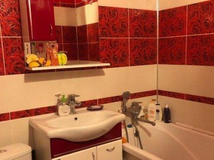 Сдам на длительный срок однокомнатную квартиру на 4-м этаже 5-этажного дома площадью 40 кв. м. в Архангельске