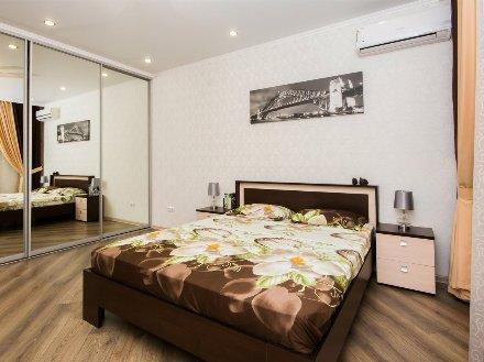 Сдам на длительный срок однокомнатную квартиру на 5-м этаже 9-этажного дома площадью 39 кв. м. в Белгороде