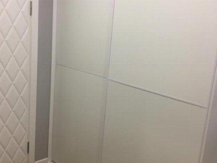 Продам однокомнатную квартиру на 5-м этаже 10-этажного дома площадью 45 кв. м. в Саратове