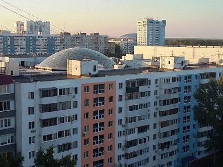 Продам трехкомнатную квартиру на 12-м этаже 12-этажного дома площадью 103,3 кв. м. в Самаре