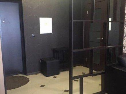 Сдам на длительный срок двухкомнатную квартиру на 3-м этаже 5-этажного дома площадью 55 кв. м. в Краснодаре