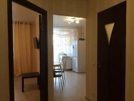Сдам на длительный срок однокомнатную квартиру на 13-м этаже 16-этажного дома площадью 39 кв. м. в Краснодаре