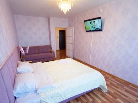 Сдам на длительный срок однокомнатную квартиру на 10-м этаже 22-этажного дома площадью 39 кв. м. в Москве