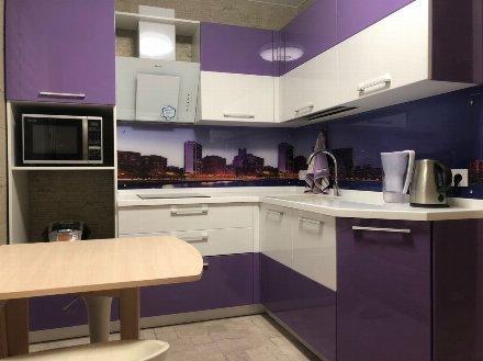 Сдам на длительный срок однокомнатную квартиру на 4-м этаже 5-этажного дома площадью 38 кв. м. в Оренбурге