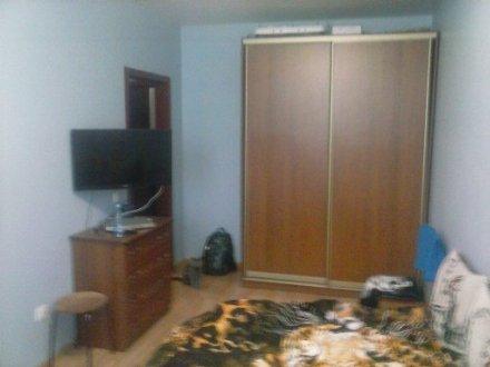 Продам трехкомнатную квартиру на 5-м этаже 6-этажного дома площадью 67 кв. м. в Ростове-на-Дону