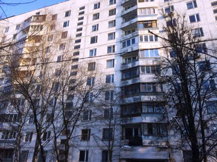 Продам однокомнатную квартиру на 1-м этаже 12-этажного дома площадью 16.5 кв. м. в Москве