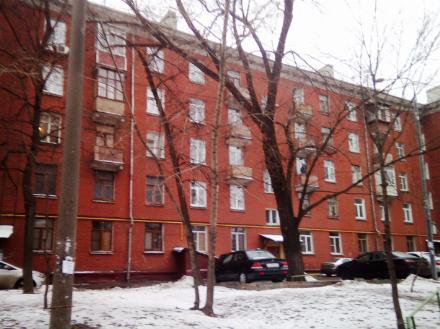 Продам однокомнатную квартиру на 1-м этаже 5-этажного дома площадью 17 кв. м. в Москве