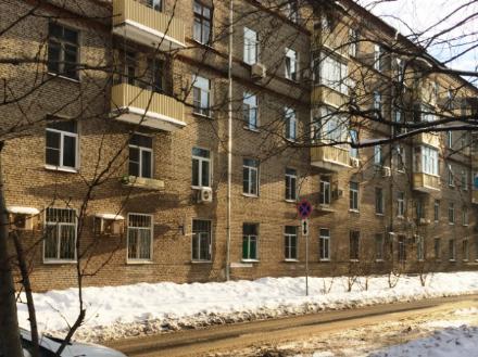 Продам однокомнатную квартиру на 1-м этаже 5-этажного дома площадью 18.2 кв. м. в Москве