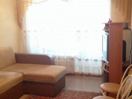 Продам однокомнатную квартиру на 1-м этаже 4-этажного дома площадью 35 кв. м. в Тюмени