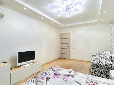 Сдам на длительный срок однокомнатную квартиру на 4-м этаже 5-этажного дома площадью 39 кв. м. в Биробиджане